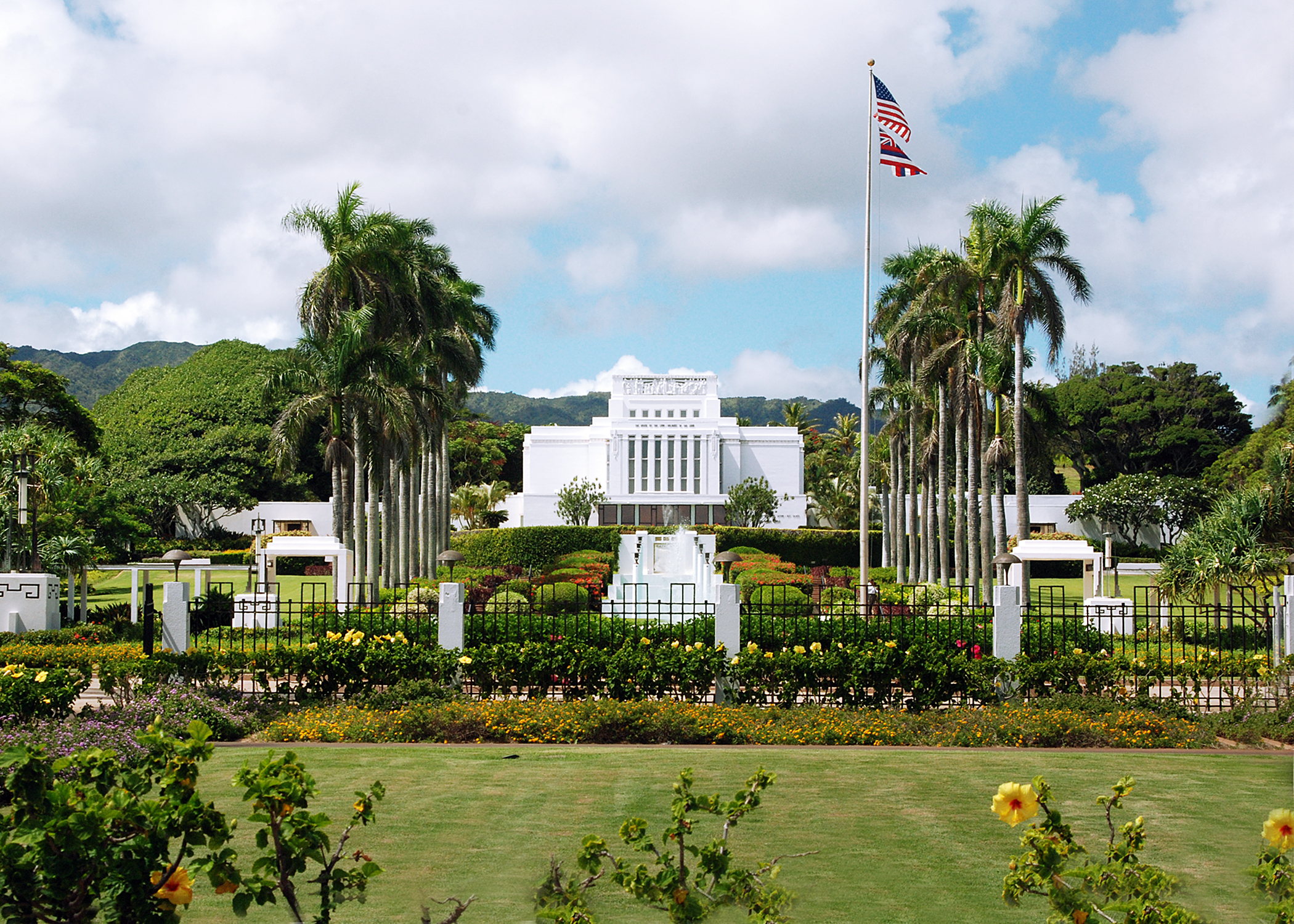The Laie Hawaii Temple today serves the faithful Saints of Oahu, Kauai (the Kona Hawaii Temple has served the rest of Hawaii since 2000) and the Marshall Islands in the Western Pacific. When it firs opened in 1919, it served all of Hawaii, the South Pacific islands and Asia.