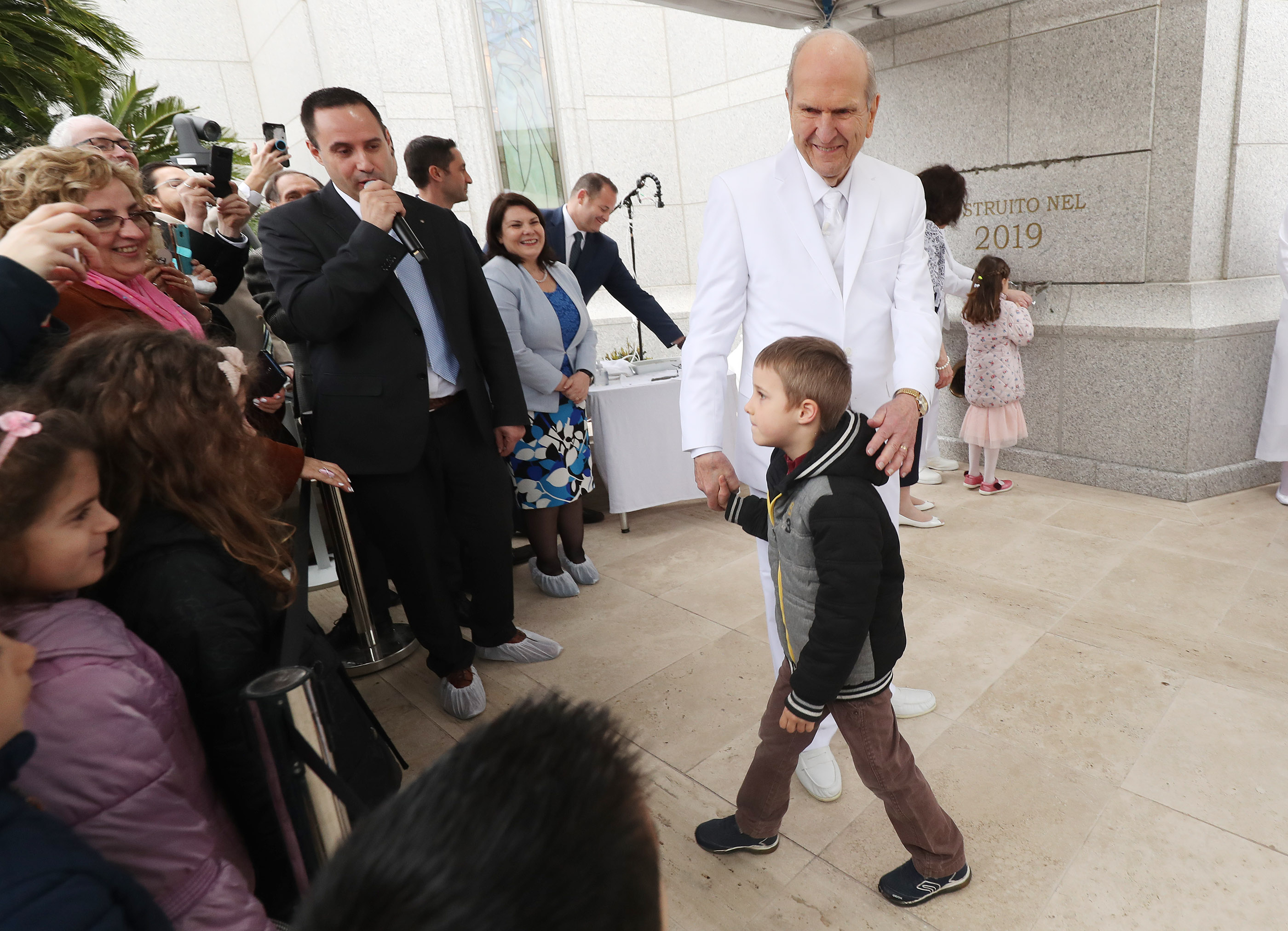 President Russell M. Nelson of The Church of Jesus Christ of Latter-day Saints calls on Scott Cordani during the cornerstone ceremony for the dedication of the Rome Italy Temple of The Church of Jesus Christ of Latter-day Saints in Rome, Italy, on Sunday, March 10, 2019.