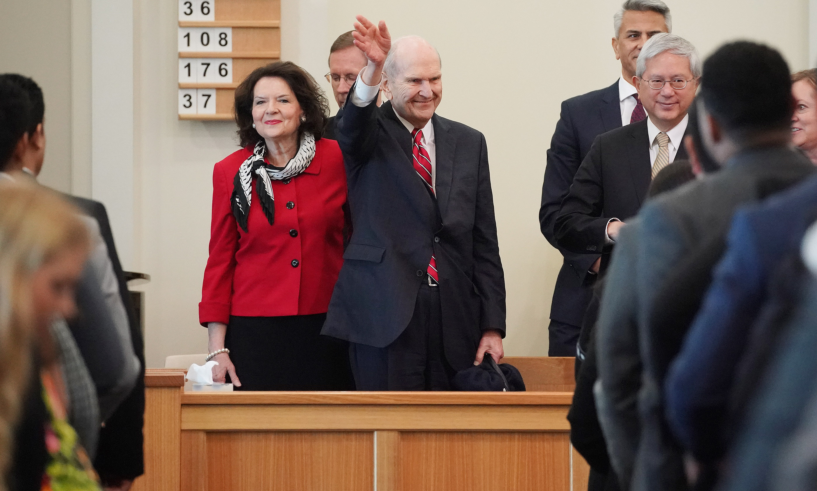 President Russell M. Nelson of The Church of Jesus Christ of Latter-day Saints and his wife, Sister Wendy Nelson, wave after meeting with missionaries in Auckland, New Zealand, on Tuesday, May 21, 2019.