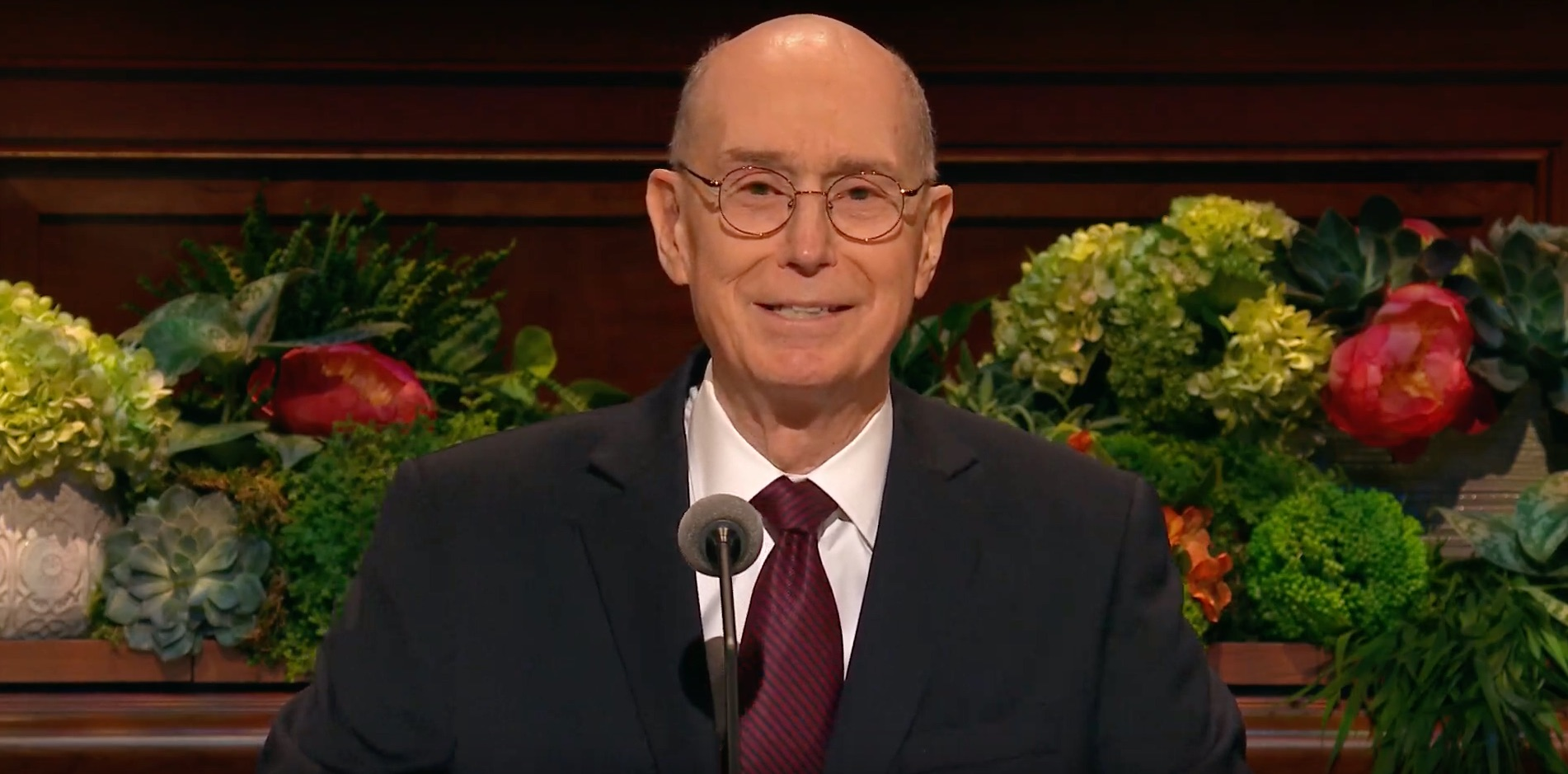 President Henry B. Eyring, second counselor in the First Presidency, gives his address during the Saturday morning session of the 189th Annual General Conference on April 6, 2019.