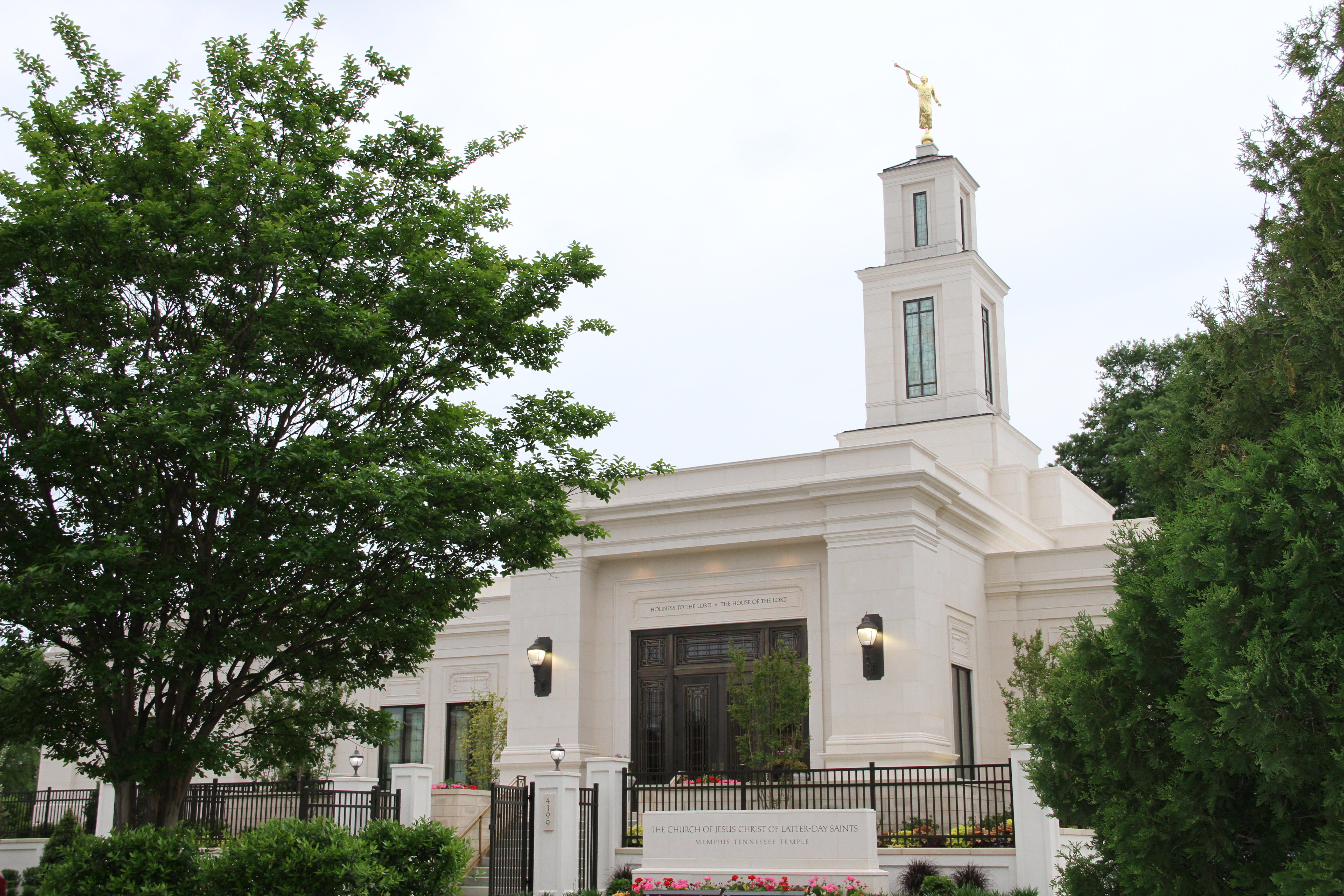 The Memphis Tennessee Temple prior to its rededication on May 3, 2019. The tower was raised 10 feet as part of the 18 months renovation.
