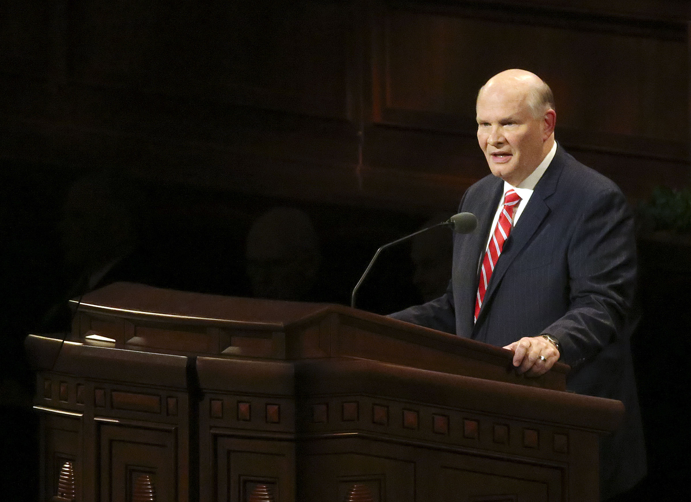 Elder Dale G. Renlund of the Quorum of the Twelve Apostles speaks during the Sunday afternoon session of the 188th Semiannual General Conference of The Church of Jesus Christ of Latter-day Saints in the Conference Center in downtown Salt Lake City on Sunday, Oct. 7, 2018.