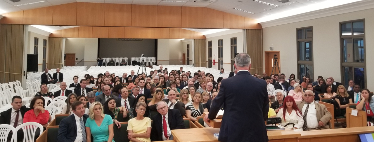"Elder Ulisses Soares of the Quorum of the Twelve Apostles expresses appreciation to long-time Latter-day Saints from Fortaleza and their descendants in a meeting of ""pioneer members"" Saturday, June 1, 2019 in Fortaleza, Brazil."