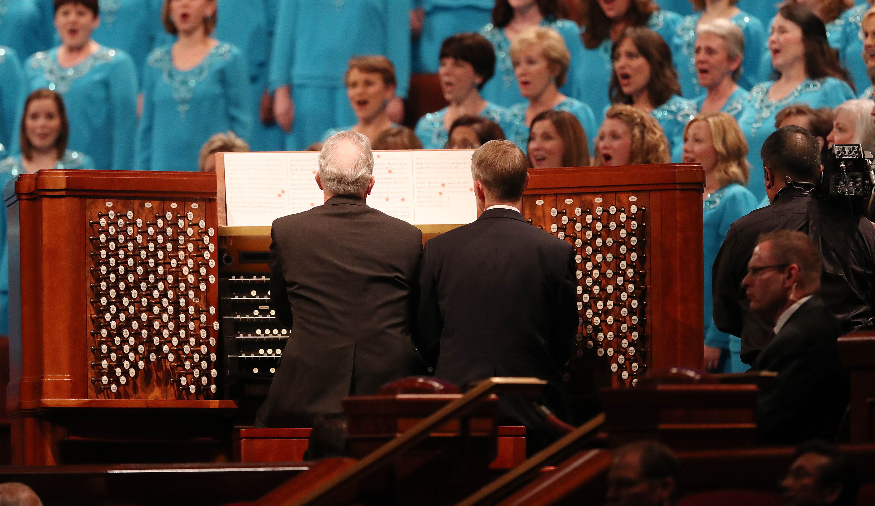 Organists Richard Elliott and Andrew Unsworth play during the 188th Semiannual General Conference of The Church of Jesus Christ of Latter-day Saints in Salt Lake City on Sunday, Oct. 7, 2018.
