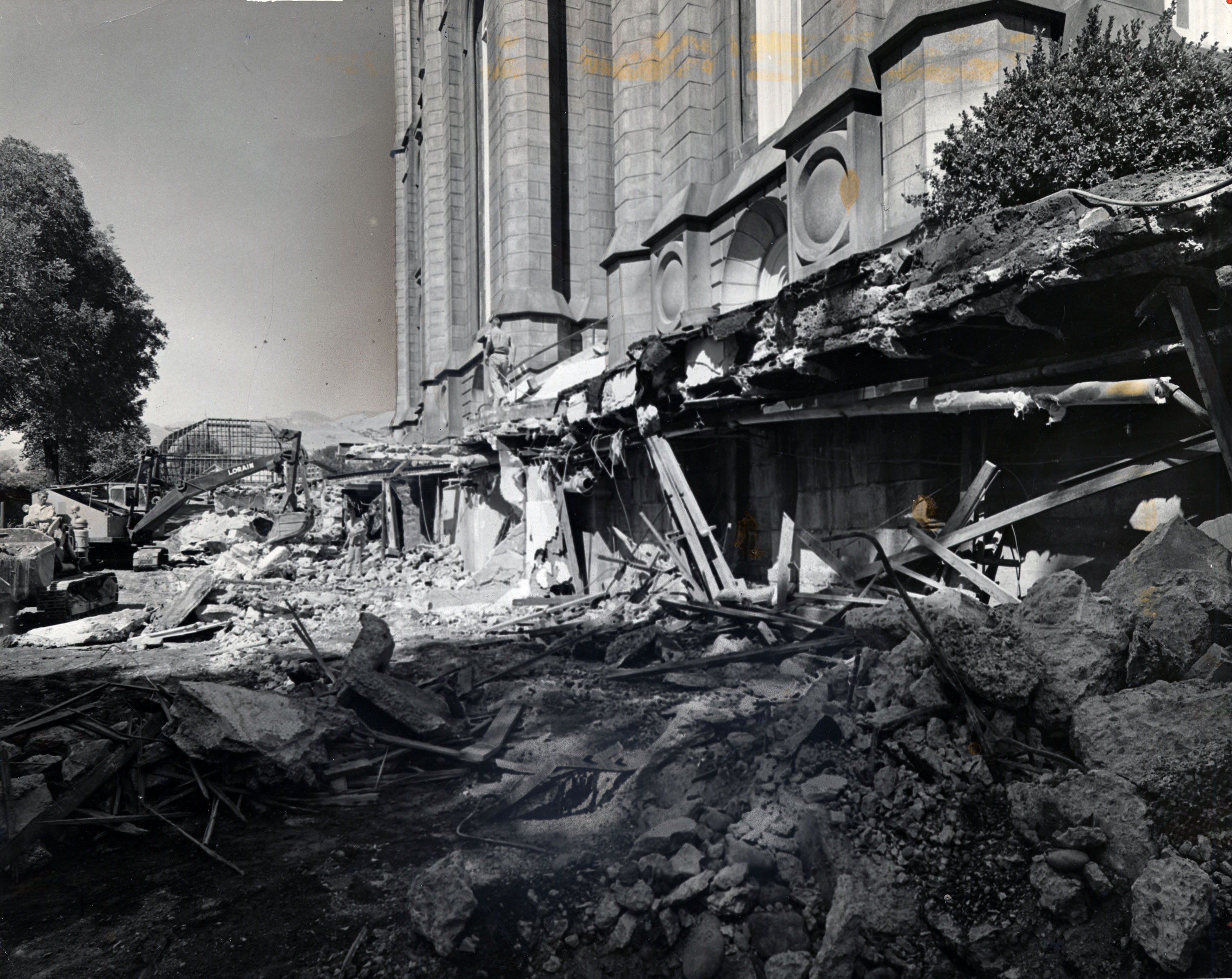 The Salt Lake Temple's foundation was exposed during an excavation in September 1962.