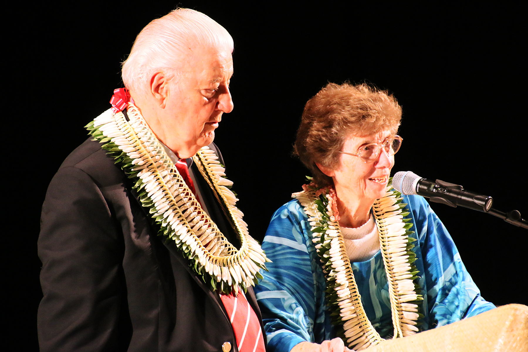 Emeritus General Authority Elder John H. Groberg and his wife, Sister Jean S. Groberg, answer questions following his keynote address during the opening session of the Mormon Pacific Historical Society's annual conference on Oct.21, 2016, in the Polynesian Cultural Center's Hawaiian Journey Theater.