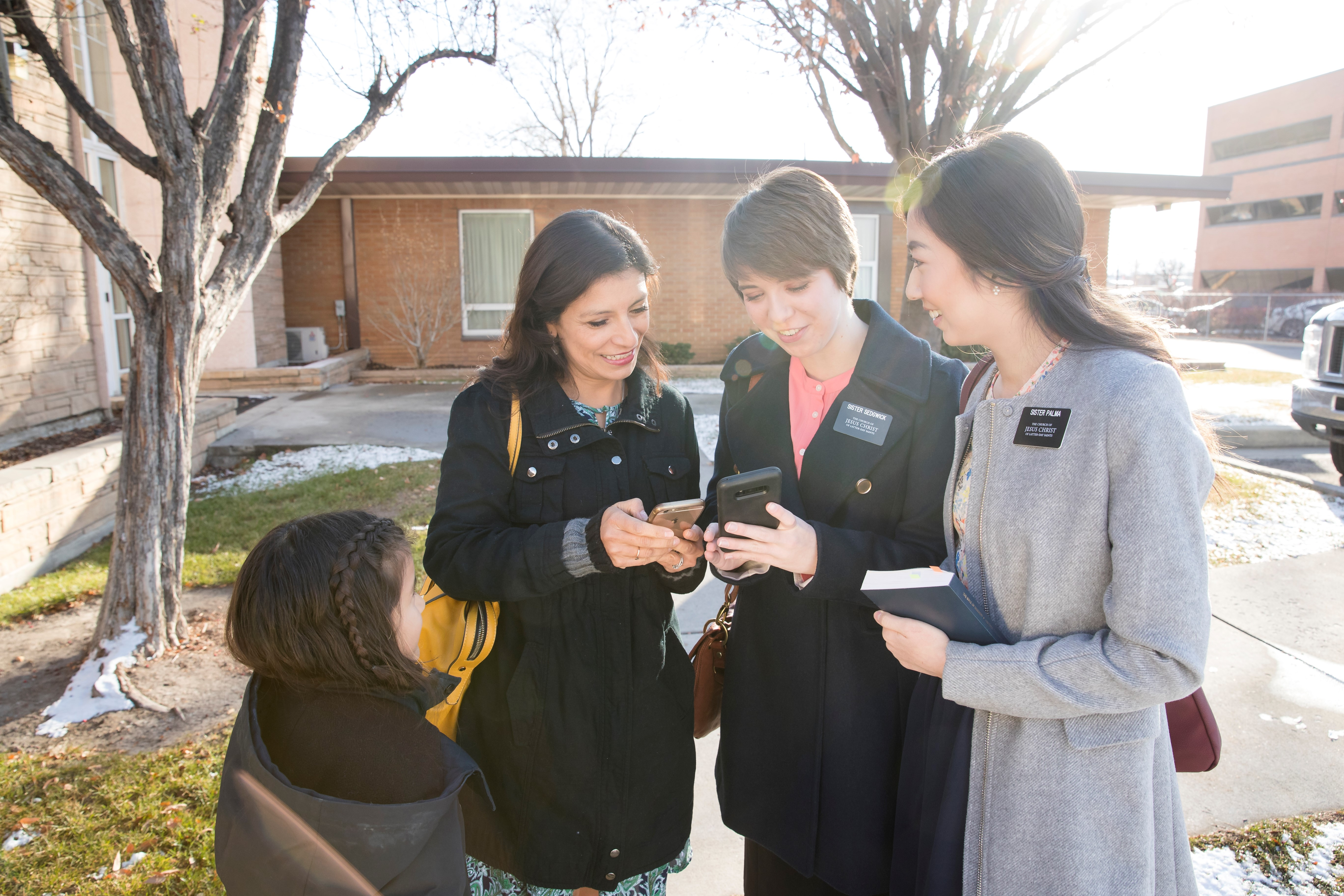 The new prospective missionary tool available at lds.org helps those planning to serve a full-time mission plan when they would leave and return.