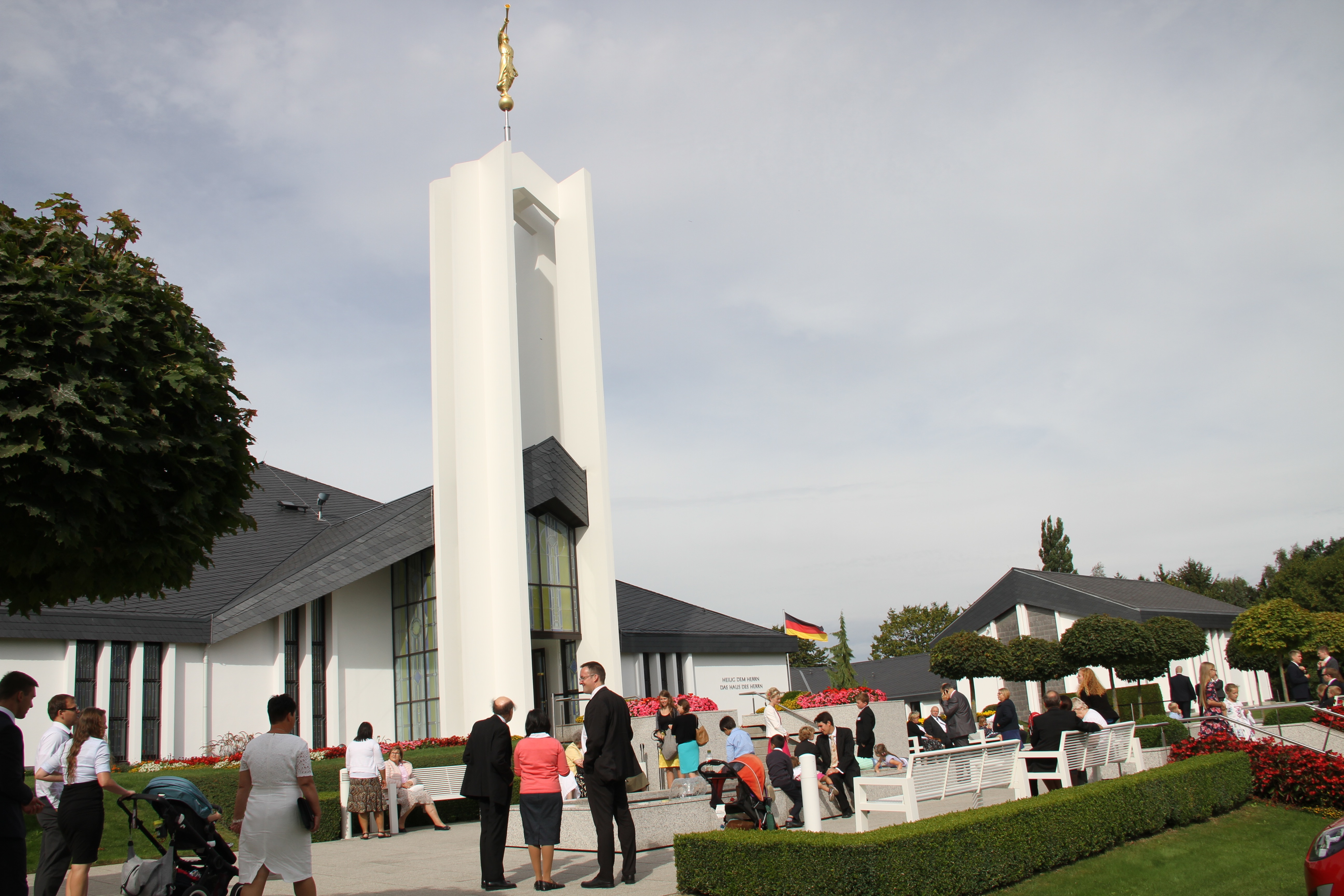 Members wait outside the Freiburg Germany Temple prior to the Sept. 4, 2016, rededication of the historic edifice.