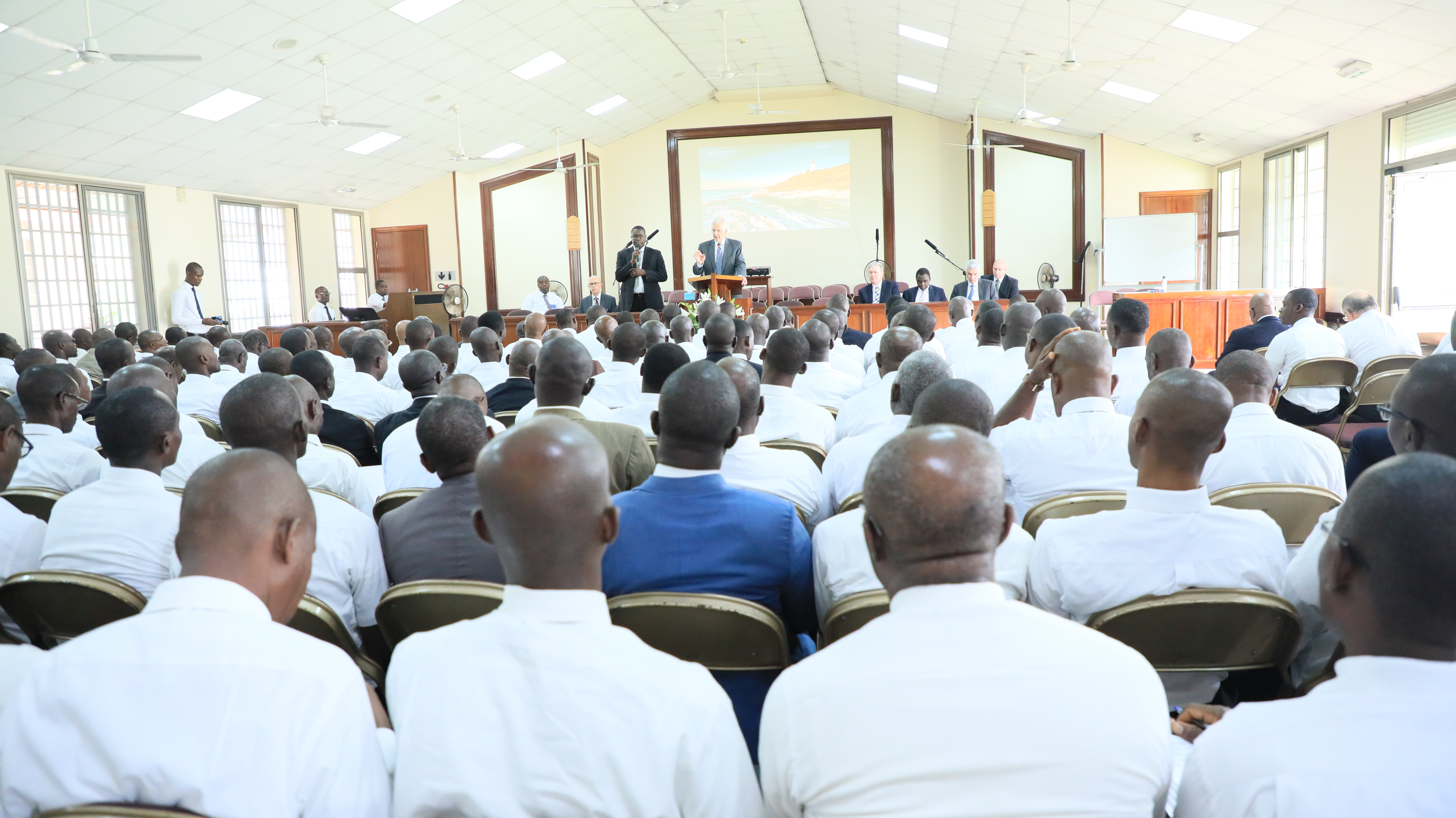 Elder D. Todd Christofferson counsels local priesthood leaders during a Priesthood Leadership Training session in Accra, Ghana.