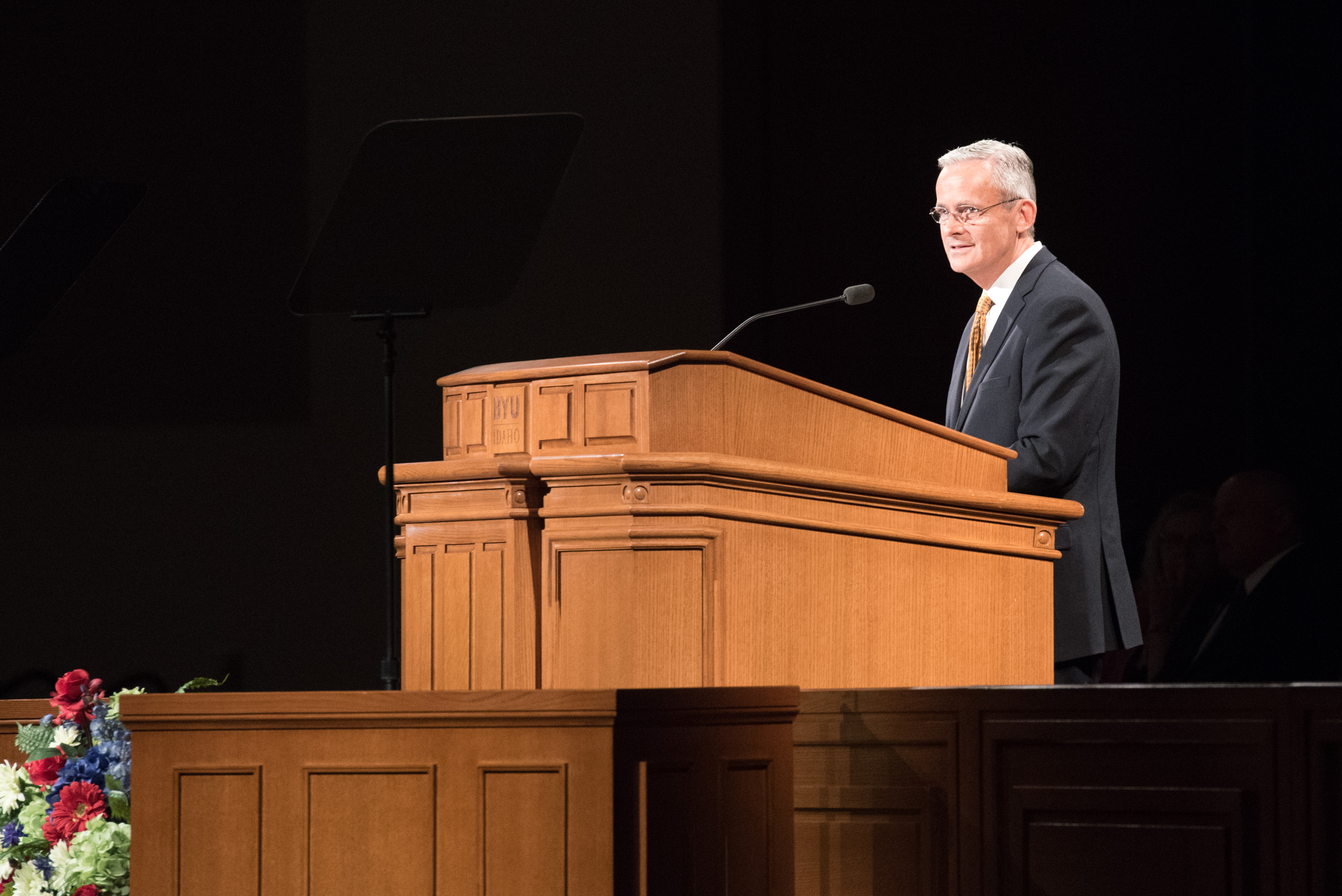 Elder Patrick Kearon of the Presidency of the Seventy speaks during the Worldwide Devotional for Young Adults held in the BYU-Idaho Center in Rexburg, Idaho, on May 6, 2018.