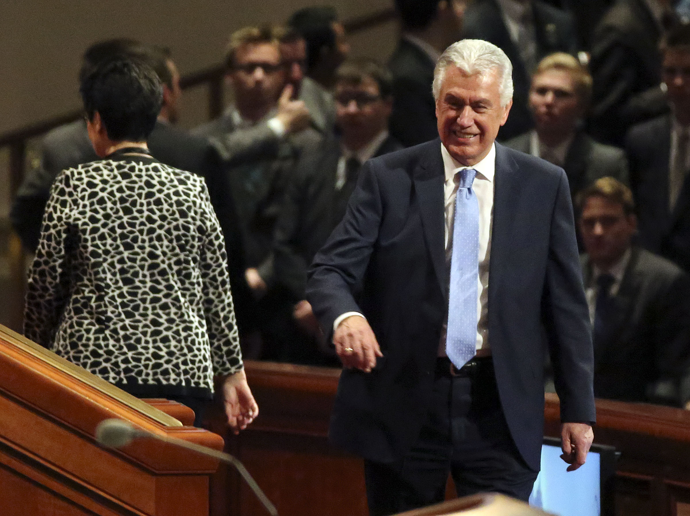 Elder Dieter F. Uchtdorf of the Quorum of the Twelve Apostles arrives for the Sunday afternoon session of the 188th Semiannual General Conference of The Church of Jesus Christ of Latter-day Saints in the Conference Center in downtown Salt Lake City on Sunday, Oct. 7, 2018.