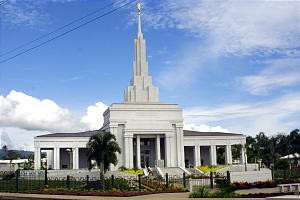 The rebuilt Apia Samoa Temple was dedicated Sunday by President Gordon B. Hinckley.
