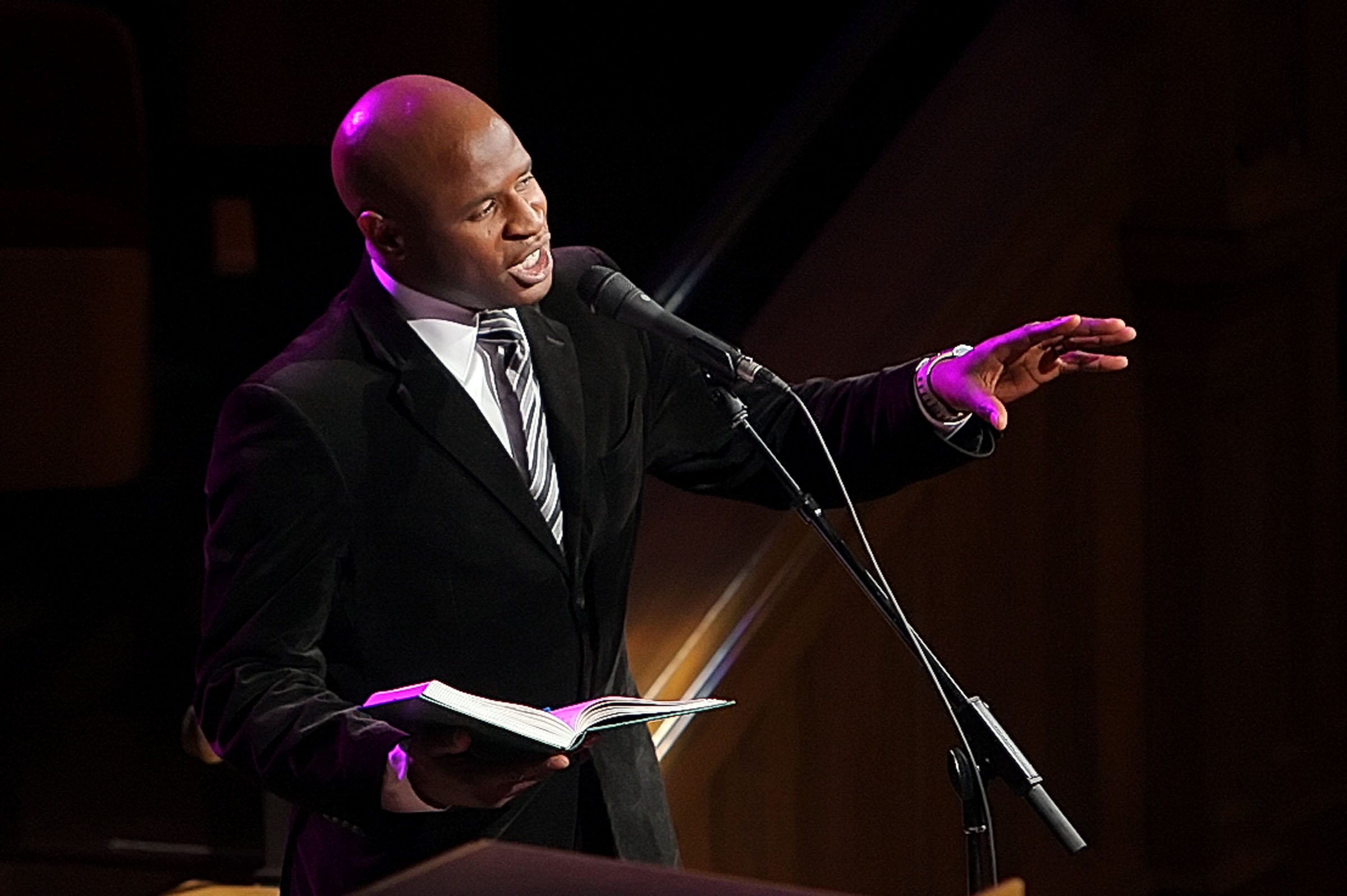 Alex Boyé sings during the commemoration of the revelation on the priesthood being available to all worthy men in the Tabernacle in Salt Lake City June 8, 2008.