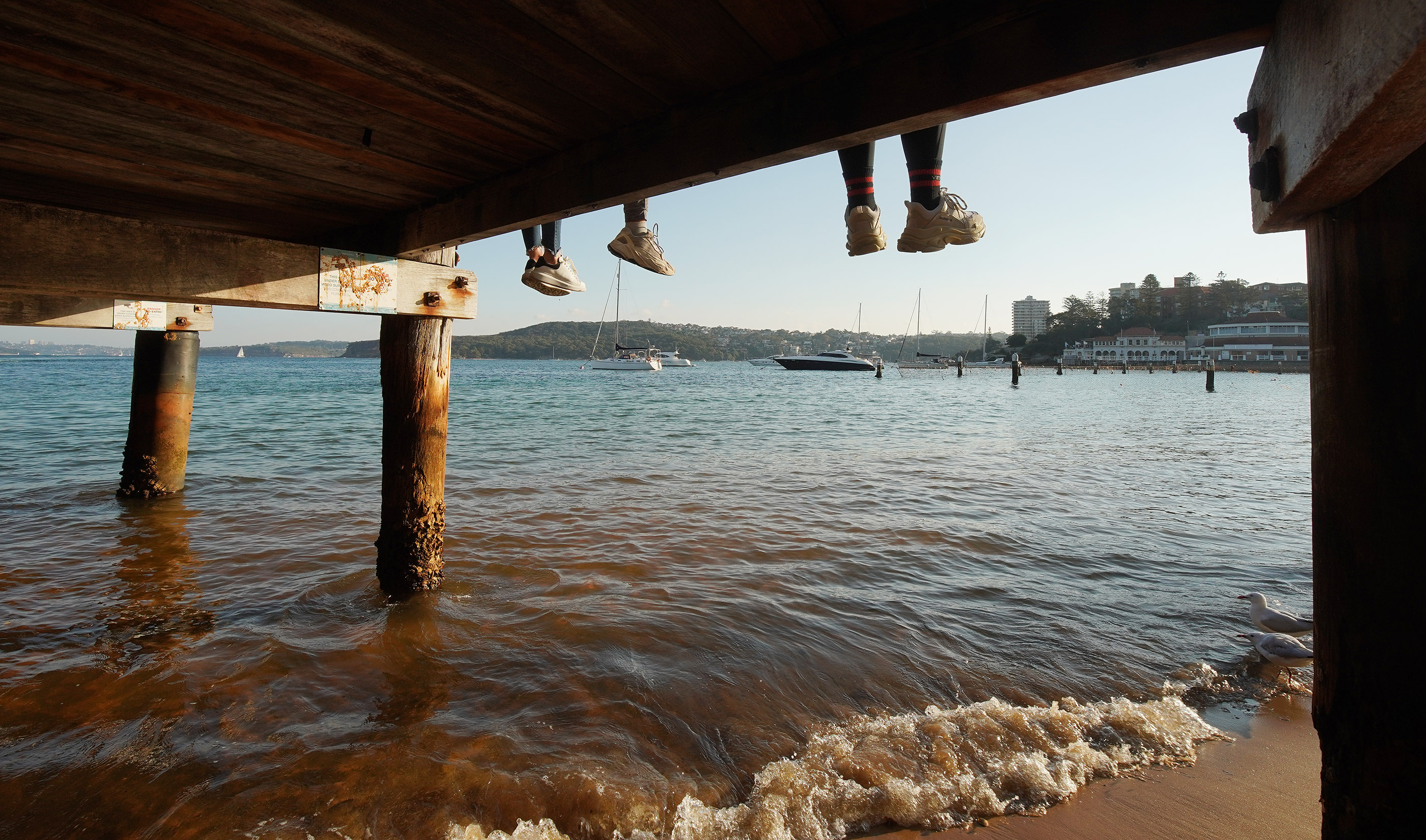 Manly Wharf visitors dangle their feet on May 18, 2019 in Manly, Australia. President Russell M. Nelson, with his wife, Sister Wendy Nelson, visited Sydney, Australia, on his nine-day, seven-nation Pacific Ministry Tour.