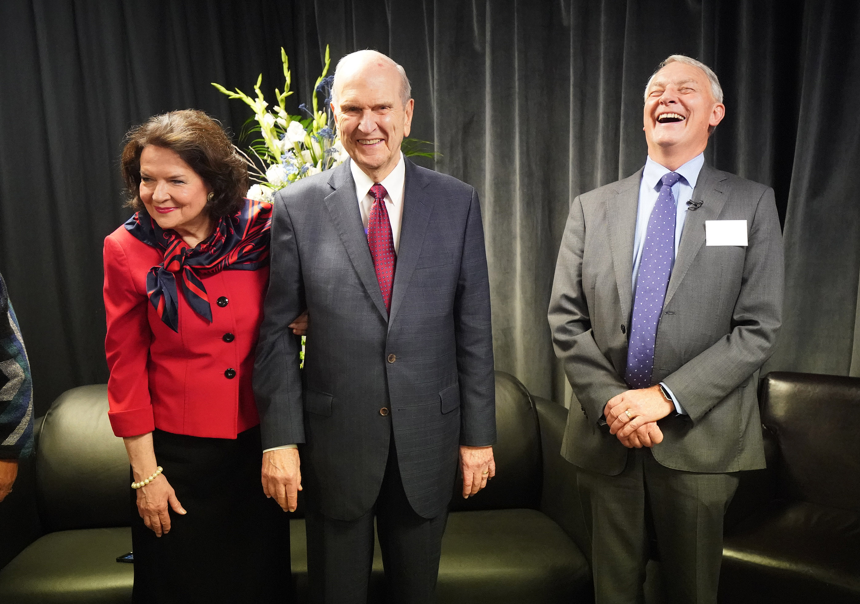 President Russell M. Nelson of The Church of Jesus Christ of Latter-day Saints and his wife, Sister Wendy Nelson, laugh with Auckland Mayor Phil Goff prior to a devotional at Spark Arena in Auckland, New Zealand, on May 21, 2019.