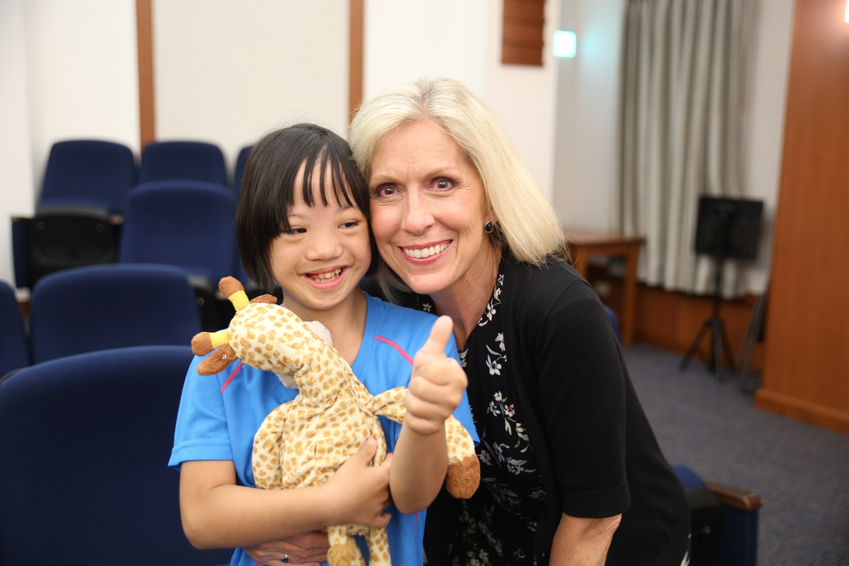 Sister Joy D. Jones, Primary general president, takes a photo with a youth member following a devotional in Hualien, Taiwan, during a visit to the Asia Area from Aug. 17 to 14, 2019.