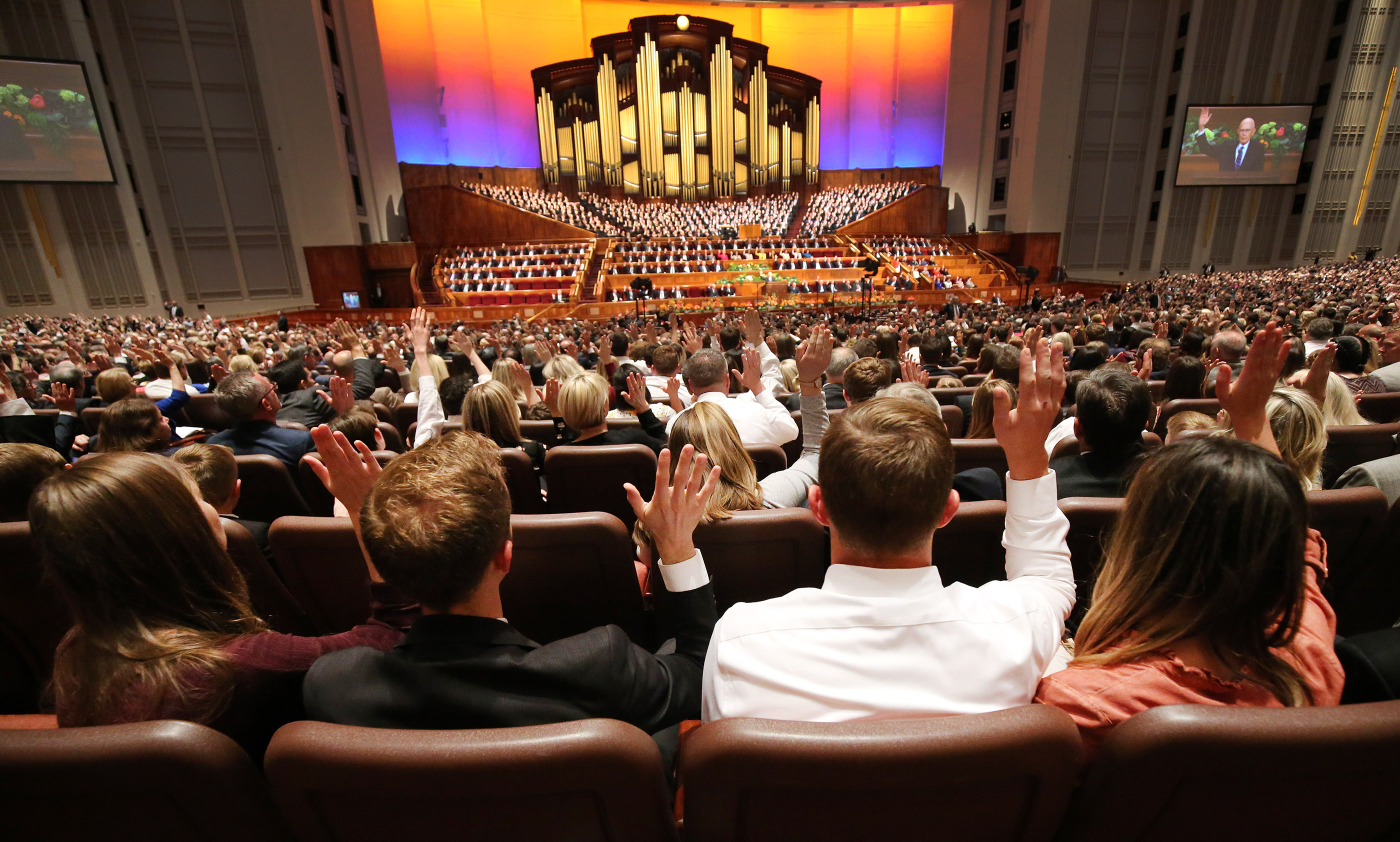 Attendees sustain leaders the189th Annual General Conference of The Church of Jesus Christ of Latter-day Saints in Salt Lake City on Saturday, April 6, 2019.