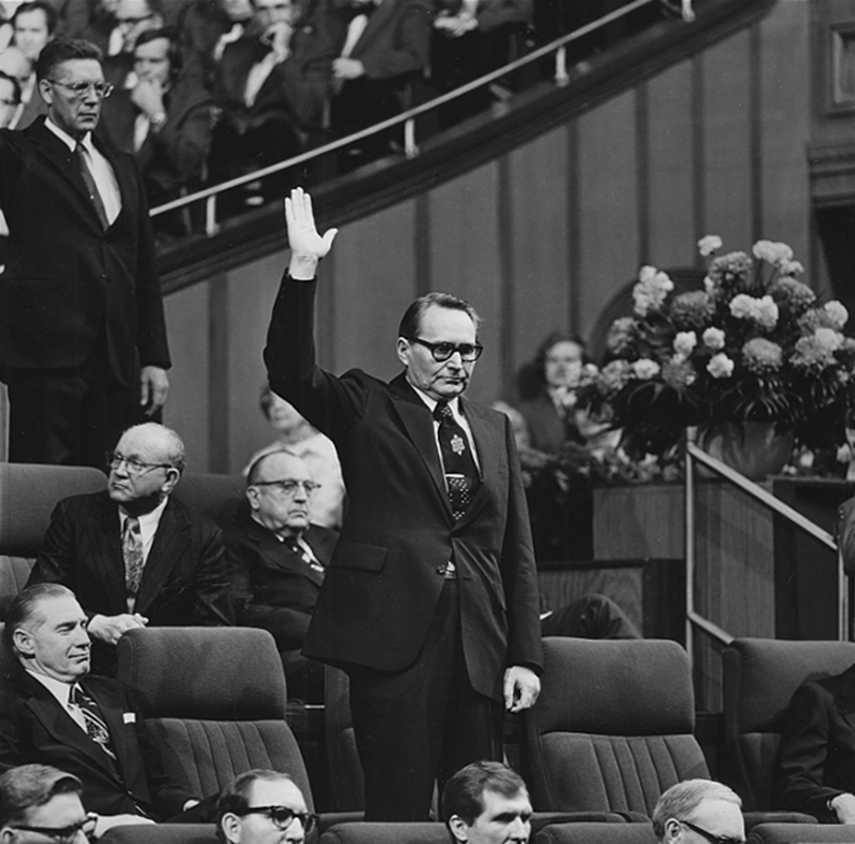 Elder L. Tom Perry was sustained as an apostle at the April 1974 general conference.