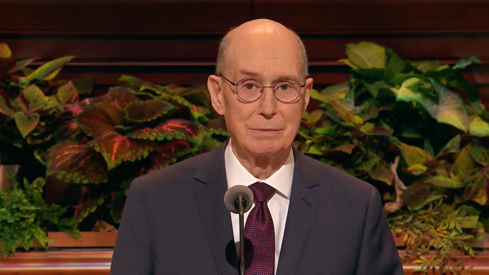 President Henry B. Eyring, second counselor in the First Presidency, speaks during the Sunday afternoon session in the 189th Semiannual General Conference of the Church on Sunday, Oct. 6, 2019.
