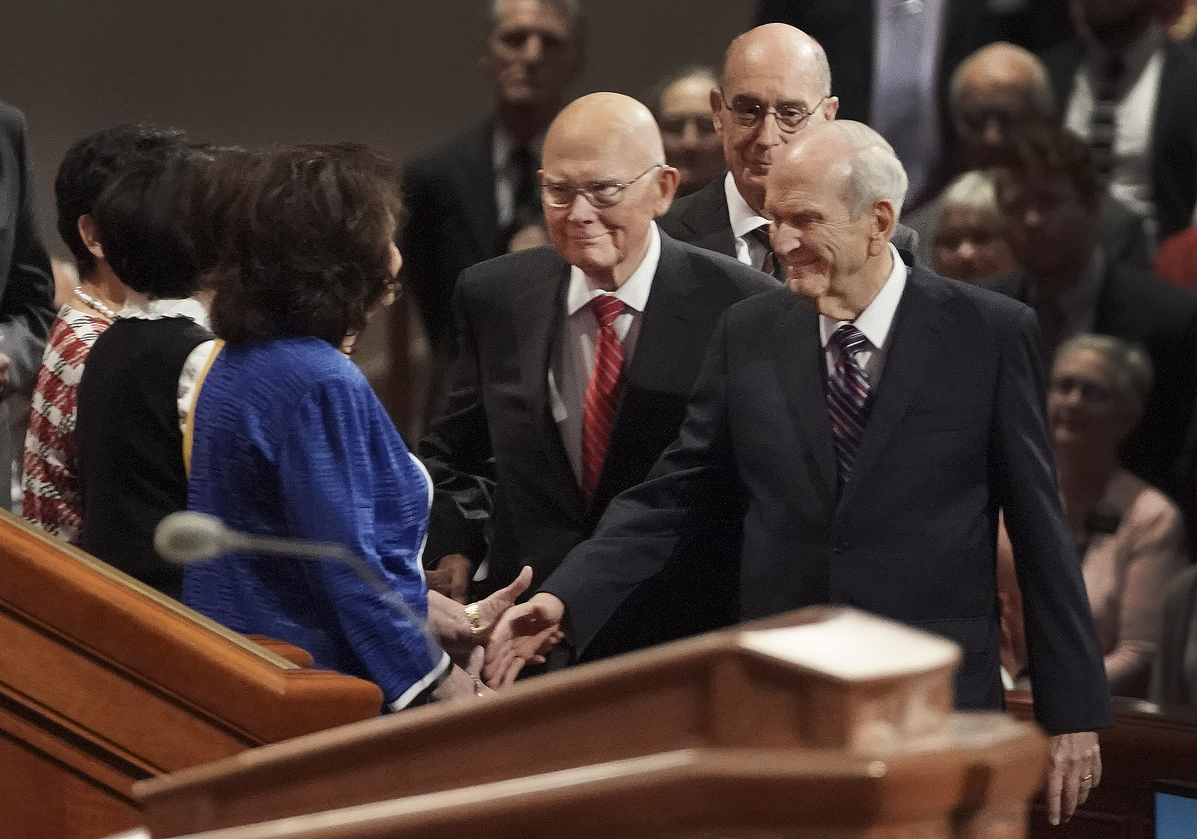 President Russell M. Nelson greets his wife, Sister Wendy Nelson, as he and his counselors, President Dallin H. Oaks, first counselor in the First Presidency and President Henry B. Eyring, second counselor in the First Presidency, enter the Conference Center before the Saturday morning session of the 189th Semiannual General Conference of The Church of Jesus Christ of Latter-day Saints in Salt Lake City on Saturday, Oct. 5, 2019.