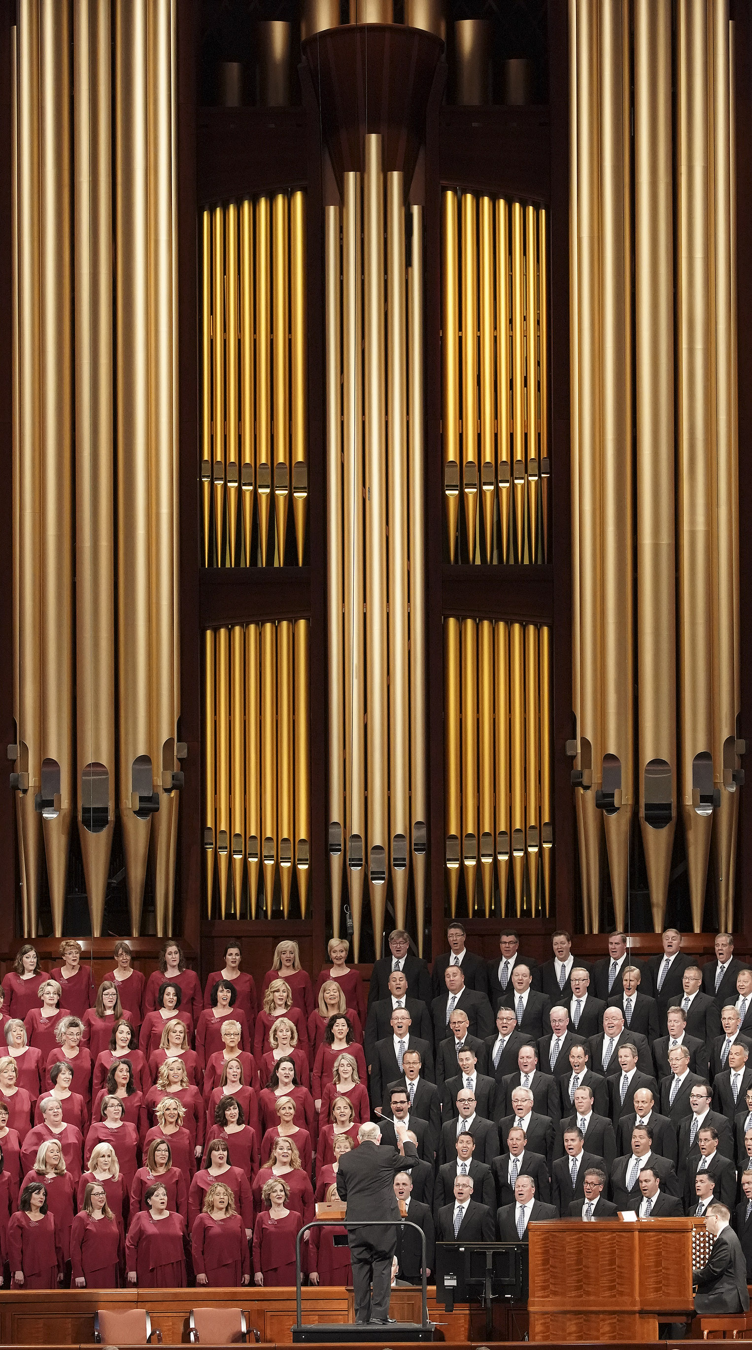 The Tabernacle Choir at Temple Square sings during the Sunday morning session of the 189th Semiannual General Conference of The Church of Jesus Christ of Latter-day Saints in Salt Lake City on Sunday, Oct. 6, 2019.