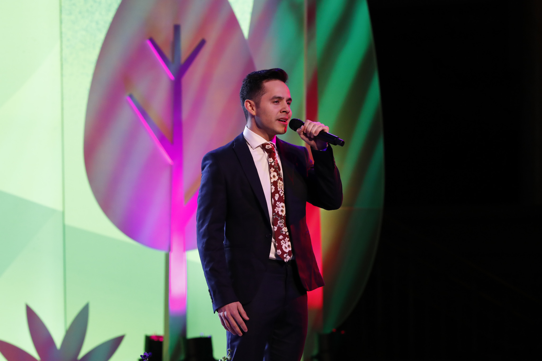 David Archuleta, a member of The Church of Jesus Christ of Latter-day Saints, performs the 2020 youth theme song at the Face to Face for youth and children held on Nov. 17, 2019.