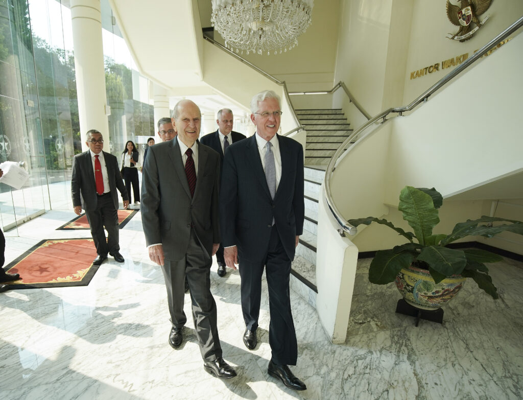 President Russell M. Nelson of The Church of Jesus Christ of Latter-day Saints and Elder D. Todd Christofferson of the Quorum of the Twelve Apostles in Jakarta, Indonesia, on Nov. 21, 2019.