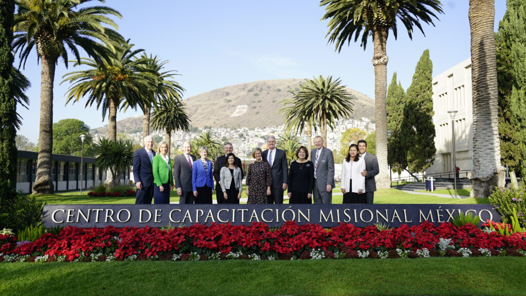 From left: Sister Joy D. Jones and her husband, Robert Jones; Sister Jean B. Bingham and her husband, Bruce Bingham; and Sister Becky Craven and her husband, Ron Craven, join leaders of the Mexico MTC during a visit to the Mexico Area in December 2019.