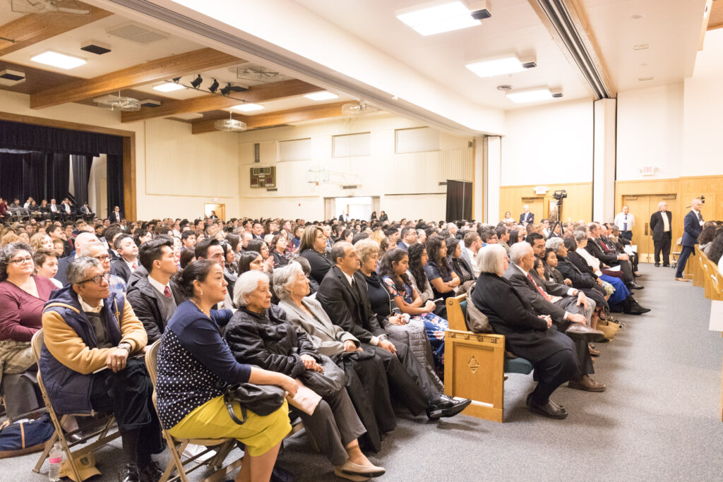 President Dallin H. Oaks, first counselor in the First Presidency, addresses Spanish-speaking Latter-day Saints from eight stakes in Chicago before a devotional in the Wilmette Illinois Stake center on Nov. 23, 2019.