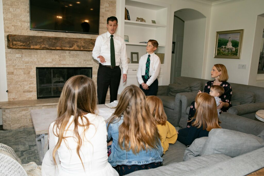 Bishop Darren L. Harline and his wife, Cherilyn Harline, and their six children observe the Sabbath in their home in San Clemente, California, on March 15, 2020, after the Church suspended all meetings in the wake of the COVID-19 pandemic. Research suggests frequent family time can help teens maintain mental health during the ongoing pandemic.