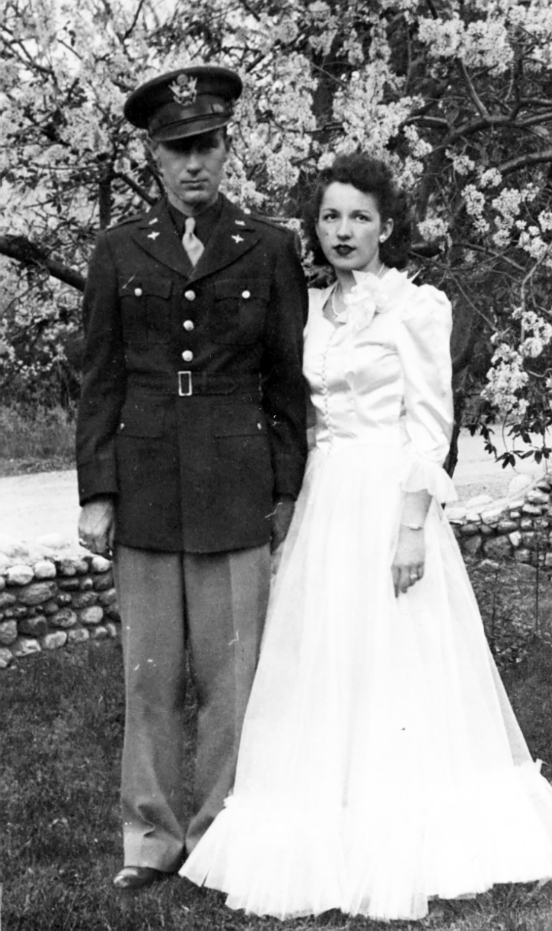 President James E. Faust and his wife, Ruth Wright, on the day of their wedding, April 22, 1943. The wedding took place during a short leave during his military service.