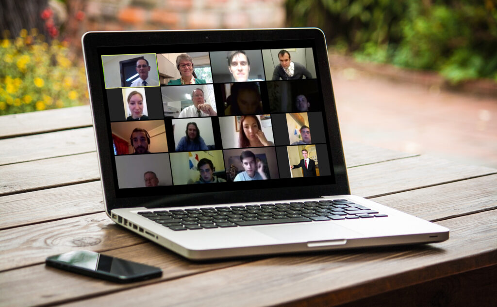A group of BYU-Pathway students gather in a virtual Zoom class.