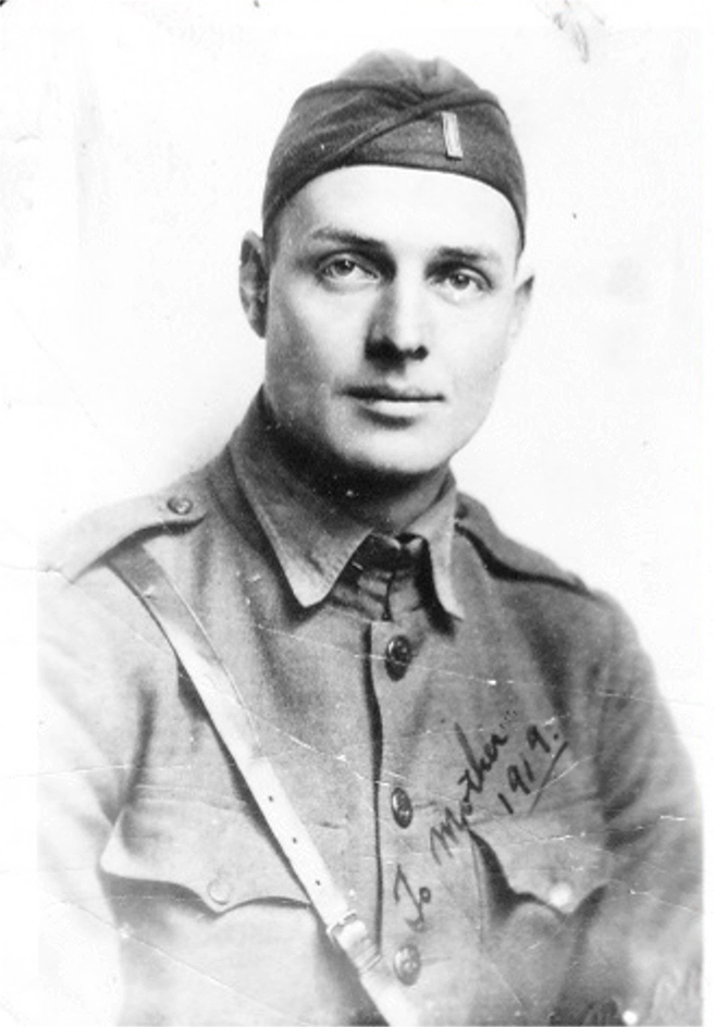 Latter-day Saint Army chaplain Calvin Smith was lauded for his courage and selfless ministering for World War I soldiers on both sides of the conflict.