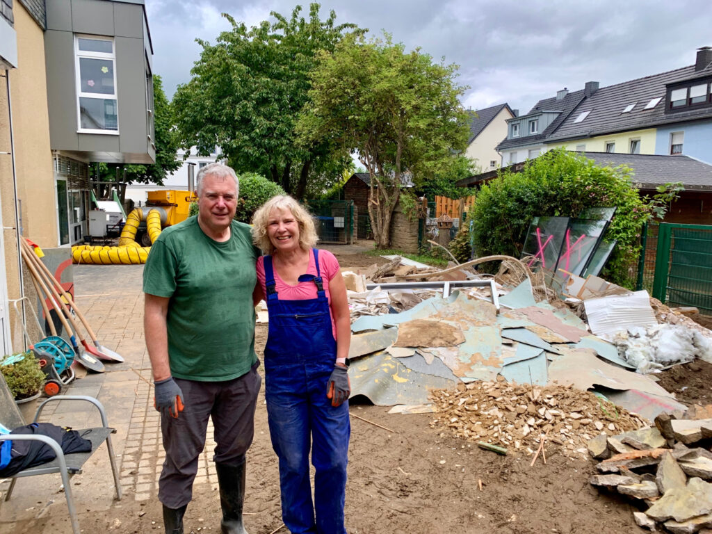 Elder Erich W. Kopischke, first counselor in the Europe Area Presidency and a General Authority Seventy, and his wife Sister Christiane Kopischke help those affected by the July 2021 floods in Germany.