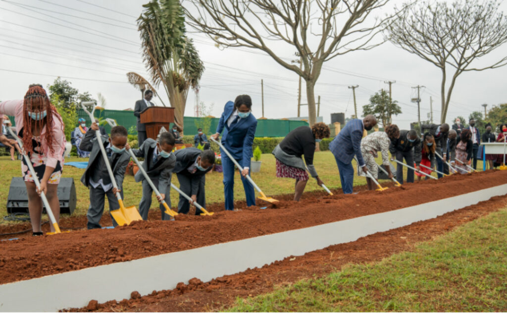 Guests help to symbolically start construction by turning ceremonial shovelfuls of soil at the groundbreaking ceremony for the Nairobi Kenya Temple on Sept. 11, 2021.