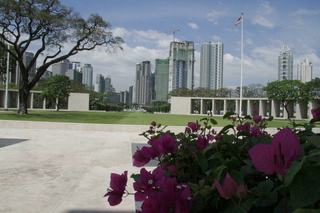 The Manila American Cemetery and Memorial, where President Gordon B. Hinckley offered a prayer on the Philippines in 1961.